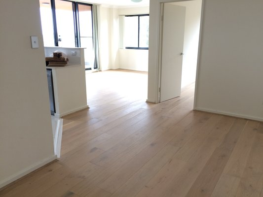 Oak Flooring - Lime Wash4