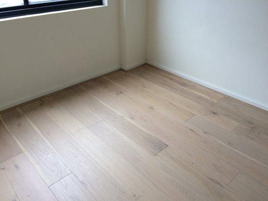 Oak Flooring - Lime Wash6